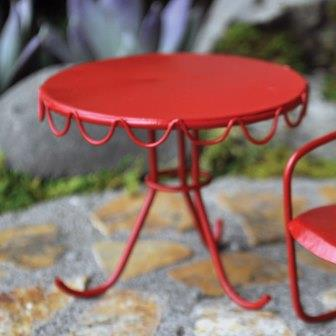 Fairy Garden Miniature Retro Red Table
