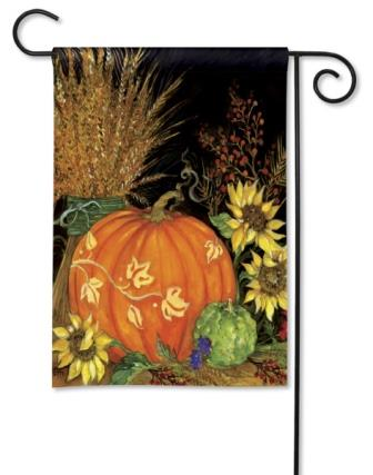 Garden Flag Fall Favorites