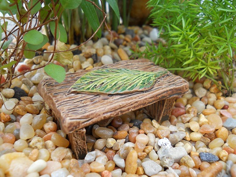 Fairy Garden Miniature Leaf Bench-Fairy Garden Miniature Leaf Bench